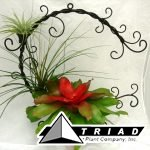 metal-bromeliad-wreath